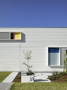 Dulux Colour Awards 2017 Winners - Home Scene Journal Spring Architecture, Houses Architecture, Australian Architecture, Architecture Details, Interior Architecture, Mondrian, Building Design, Building A House, Brisbane Architects