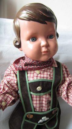 Alte-Schildkroet-Puppe-Inge-56cm-im-Trachtenanzug-orig-50er-Jahre-Zelluloid