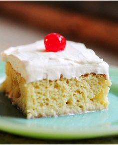 A light, airy sponge cake soaked with a mixture of three milks: evaporated milk, sweetened condensed milk, and heavy cream.