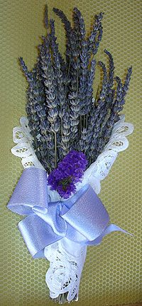 Bouquet Bridal: Lavender Wedding Bouquets