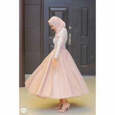 Hijab Prom Dress, Hijab Evening Dress, Hijab Wedding Dresses, Evening Dresses, Prom Dresses, Muslim Fashion, Hijab Fashion, Fashion Dresses, Fashion Clothes
