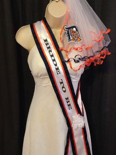 Detroit Tigers  Bachelorette Sash and Veil by studiolmichelle, $60.00
