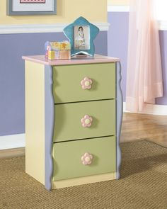 Ashley Doll House B140-19 Signature Design Loft Drawer Chest -