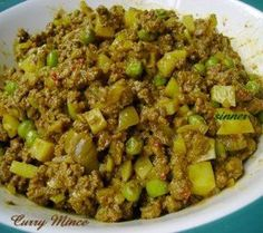 I use this curry mince mainly as a pie filling. It can also be used as a curry puff filling or just served simply with rice or bread.
