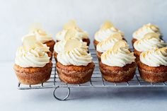 Porkkanamuffinit Party Cakes, Cheesecake, Cupcakes, Baking, Breakfast, Desserts, Food, Drink, Kite