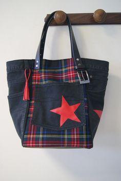 Sac cabas en jean recyclé noir et tissu à carreaux écossais / tartan