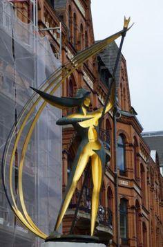 Goldener Held in Flensburg, Foto: S. Hopp