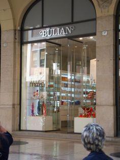 Bulian Profumeria Via Cavour 1 | Udine tutta per me | Vivere e fare shopping in centro a UdineUdine tutta per me | Vivere e fare shopping in centro a Udine