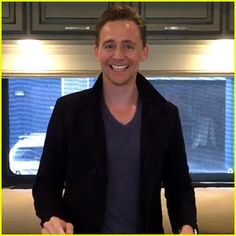 Tom Hiddleston Does Shakespeare Charades on Twitter (Video) http://www.justjared.com/2016/09/03/tom-hiddleston-does-shakespeare-charades-on-twitter-video/ Tom Hiddleston has taken the challenge to do Shakespeare Charades and he shared the cute video on Twitter!  The 35-year-old actor appears to be in a trailer on the set of a film, possibly Thor: Ragnorak.