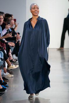 Deveaux Spring 2020 Ready-to-Wear Fashion Show - Vogue Fashion Weeks, Fashion 2020, Fashion Show, Fashion Trends, Punk Fashion, Lolita Fashion, Color Fashion, Fashion Tips, Disney Wedding Dresses