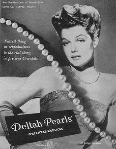 Deltah pearls necklace ad, ca. 1944