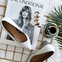 Flatlay | Unconditional Magazine | White Shoes | Coffee | On the bed |