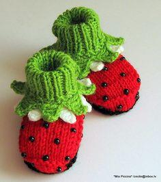 Baby girl booties Ladybugs baby girl shoes knitting by MiaPiccina, $20.00