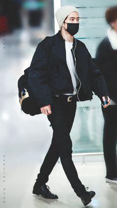 Fashion Idol, Kpop Fashion Outfits, Mens Fashion, K Pop, Jung Chaeyeon, Atlanta, Nct Johnny, Valentines For Boys, Jung Jaehyun