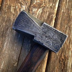 """""""Here's a recently finished Dwarven cutlers hammer for an order...with a bit of decoration to spruce things up. #blacksmith #blacksmithing #forged…"""""""