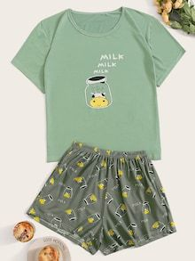 To find out about the Cow & Bottle Print Pajama Set at SHEIN, part of our latest Pajama Sets ready to shop online today! Cute Pajama Sets, Cute Pjs, Cute Lazy Outfits, Girl Outfits, Fashion Outfits, Gothic Fashion, Cozy Pajamas, Pyjamas, Cute Sleepwear