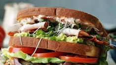 20 Hot Sandwich Recipes to satisfy your winter cravings. From the famous grilled chicken sandwich to the healthy crock pots beef and turkey with cheese Healthy Crock Pots, Healthy Muffin Recipes, Chicken Sandwich Recipes, Grilled Sandwich, Sandwich Ideas, Chicken Melt Recipe, Slow Cooker Bbq Beef, Butter Cookies Recipe, Sugar Cookies