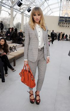 Bradley Cooper's New 20-Year-Old Girlfriend Reportedly Lands Burberry Campaign