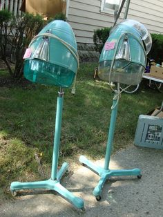Fabulous vintage hair dryers - looks like at a garage sale - I'd pick them up in an instant!