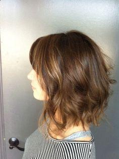 Brunette Bob Bellisimo! :) Aloxxi Color Personality Venus De Milano mid-length hair | short hair | bob | brunette