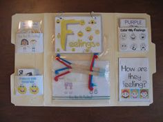 Fumbling Through Parenthood: Feelings Lapbook- Making It