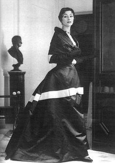 Anne Gunning in Christian Dior, 1953