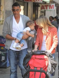 Ellen Pompeo and husband Chris Ivery and daughter Stella Luna Ivery.