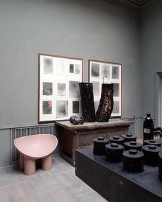 """364 Me gusta, 35 comentarios - @vosgesparis en Instagram: """"Totally in love with the serene atmosphere at Oliver Gustav. That pink chair by Fay Togood just…"""""""
