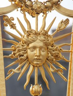 louis xiv believed to be the sun king; his younger brother compared himself to the moon Chateau Versailles, Palace Of Versailles, Louis Xiv Versailles, Angelica Rugrats, Saint Germain En Laye, Ludwig Xiv, French History, French Revolution, Print Wallpaper