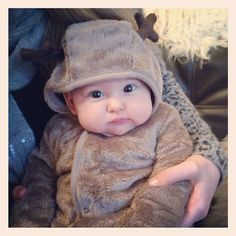 The cutest reindeer I ever did see! Anna Saccone Instagram, Saccone Jolys, Baby Girl Closet, Good Morning Friends, Sweet Pic, Zoella, Baby Kind, Family Goals, Beautiful Family