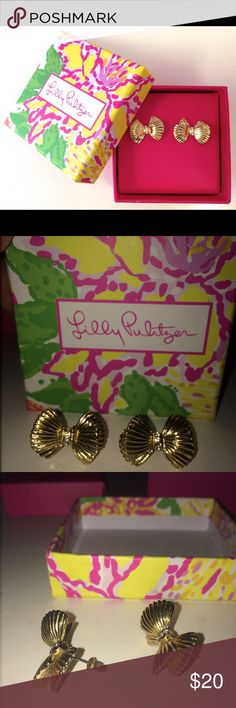 Lilly Pulitzer Gold Metallic Bow Tie Earrings Adorable preppy gold metallic oversized bow tie earnings with three little rhinestones down the middle. Lilly Pulitzer Jewelry Earrings