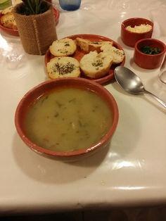 No frio de floripa, buffet de sopa com o amigo Sérgio