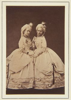Princess Helena and Princess Louise, 1865 [in Portraits of Royal Children Victoria And Albert Children, Queen Victoria Albert, Queen Victoria Family, Royal Families Of Europe, British Royal Families, Princess Louise, Prince And Princess, Portraits Victoriens, Victoria's Children