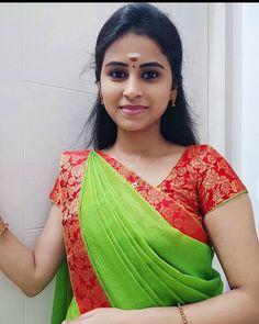 Indian Natural Beauty, Indian Beauty Saree, Asian Beauty, Indian Sarees, Cute Beauty, Beauty Full Girl, Beauty Women, Beautiful Girl In India, Beautiful Girl Image