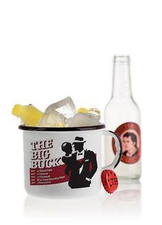 THE BIG BUCK ~ Asbach 8 Jahre, Cointreau, Zitronensaft, fill up with Spicy Ginger. Dekoration: Zitronenzeste