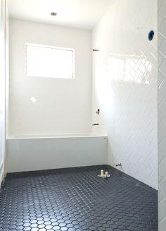 white herringbone bathroom walls // brittanyMakes