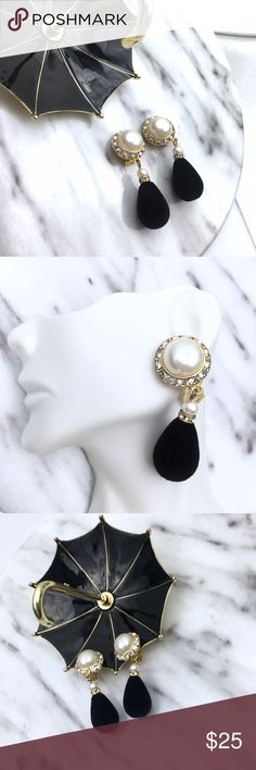 Pearls black drop clip on earrings These are so adorable. You would look so retro chic with these clip on earrings. Match them with an all over white outfit and my enzo angiolini pumps. Vintage Jewelry Earrings