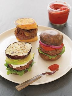 Think that burgers aren't part of the Whole30 program? Guess again! This clean and crave-worthy burger recipe is the perfect high-protein post-workout supper — each five-ingredient burger offers a whopping 46 grams of protein per serving.