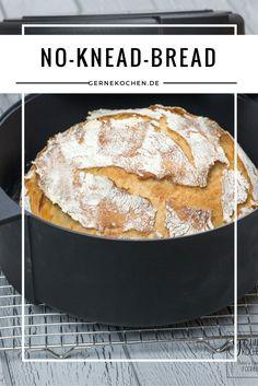 No-Knead-Bread ist ein echter Klassiker geworden. Dabei ist er nicht einmal zehn Jahre alt.  Kaum geknetet, kann der Teig für 24 Std. in Ruhe gelassen werden. Einfacher geht es nicht.  #noknead #bread #brot #gebäck #einfach