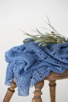Ravelry: Oceana shawl knitting pattern by Janina Kallio from Woolenberry.