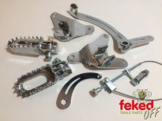 Triumph Tiger Cub Trials Footrests / Rear Brake Arm and Pedal Kit - Bolt On Type