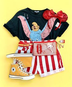 Cute Disney Outfits, Disney World Outfits, Disney Themed Outfits, Disneyland Outfits, Cute Casual Outfits, Outfits For Teens, Viaje A Disney World, Outfit Invierno, Disney Inspired Fashion