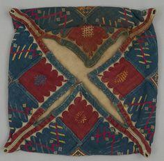 Bag; India, Maharashtra, Khandesh; Banjara; c 1940, 28x28 cm; Cotton; silk floss