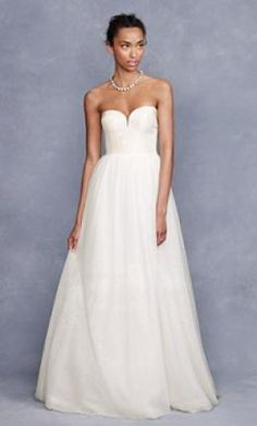 40 Beautiful Wedding Gown Ideas For Short Women... | Fashion ...