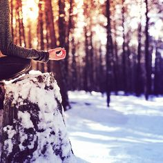 Winter Balancing Tips  8. Surround yourself with bright, energizing colors.  9. Do not hibernate!   10. Use warming spices: garlic, ginger, cumin, black pepper, cloves, turmeric and cayenne.  11. Listen to invigorating music.   12. Use warming essential o