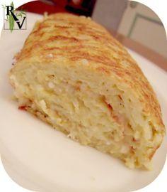 J'avais vu cette recette chez Sagweste, je m'en suis inspirée. Avis aux amateurs de fromage: c'est délicieux ! Difficulté: Facile Préparation: 20 mn Cuisson: 25 mn Repos: 180 (ou +) mn Temps total: 225 (ou +) mn Pour ~ 8 parts: * 600 g de pomme de terre...