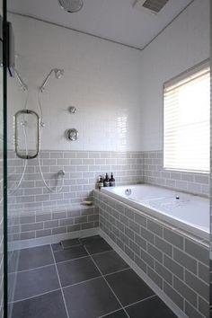 バスルーム ベージュ タイル - Google 検索