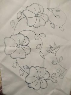 Hand Embroidery Flowers, Hand Embroidery Stitches, Embroidery Techniques, Embroidery Patterns, Bead Embroidery Jewelry, Beaded Embroidery, Couching Stitch, Beautiful Flower Drawings, Hawaiian Quilt Patterns