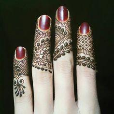 Henna for Nails - StyleChum Finger Mehndi Designs Arabic, Finger Mehndi Style, Rose Mehndi Designs, Mehndi Designs For Girls, Beautiful Henna Designs, Mehndi Designs For Fingers, Beautiful Mehndi, Fingers Design, Latest Mehndi Designs