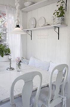 Brabourne Farm: Swedish White + White